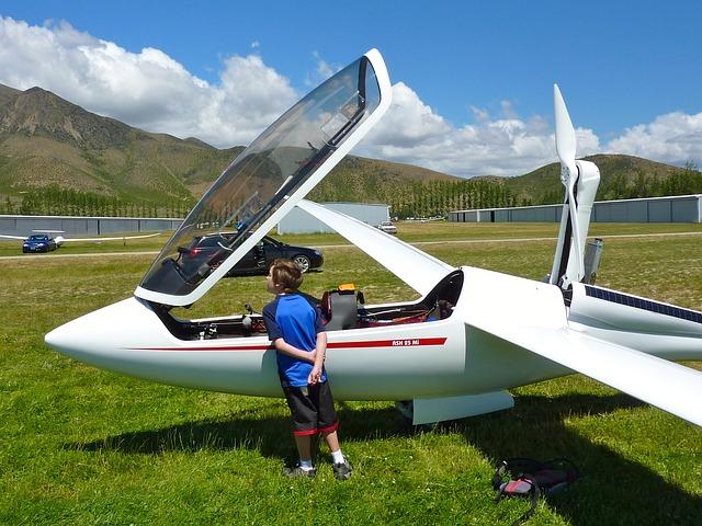 glider-623108_640